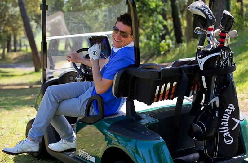 Frédéric Duger - Cours et stages de Golf Biarritz champion du monde contre Tiger Woods